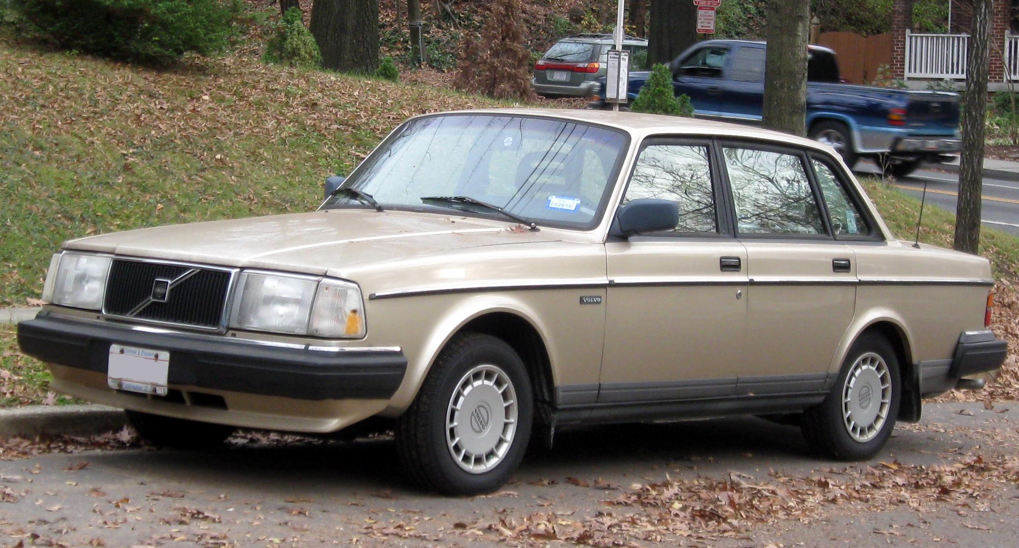 File Volvo 240 Sedan 11 26 2011 Jpg Wikimedia Commons