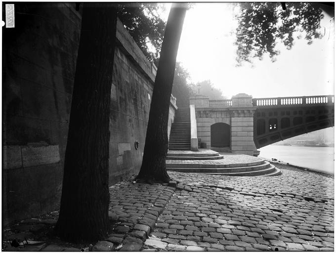 File:Vue du quai - Paris 01 - Médiathèque de l'architecture et du patrimoine - APMH00037820.jpg