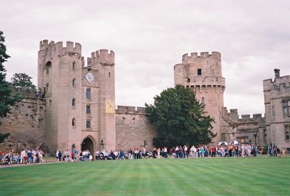 File:Warwick Castle - Clock Tower - geograph.org.uk - 136423.jpg