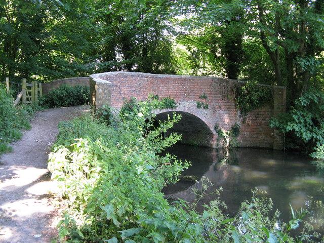 Wharf Bridge, Winchester - geograph.org.uk - 1338858