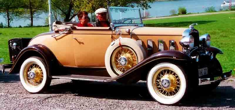 File:1932 Chevrolet Confederate BA De Luxe Convertible Coupe 1932