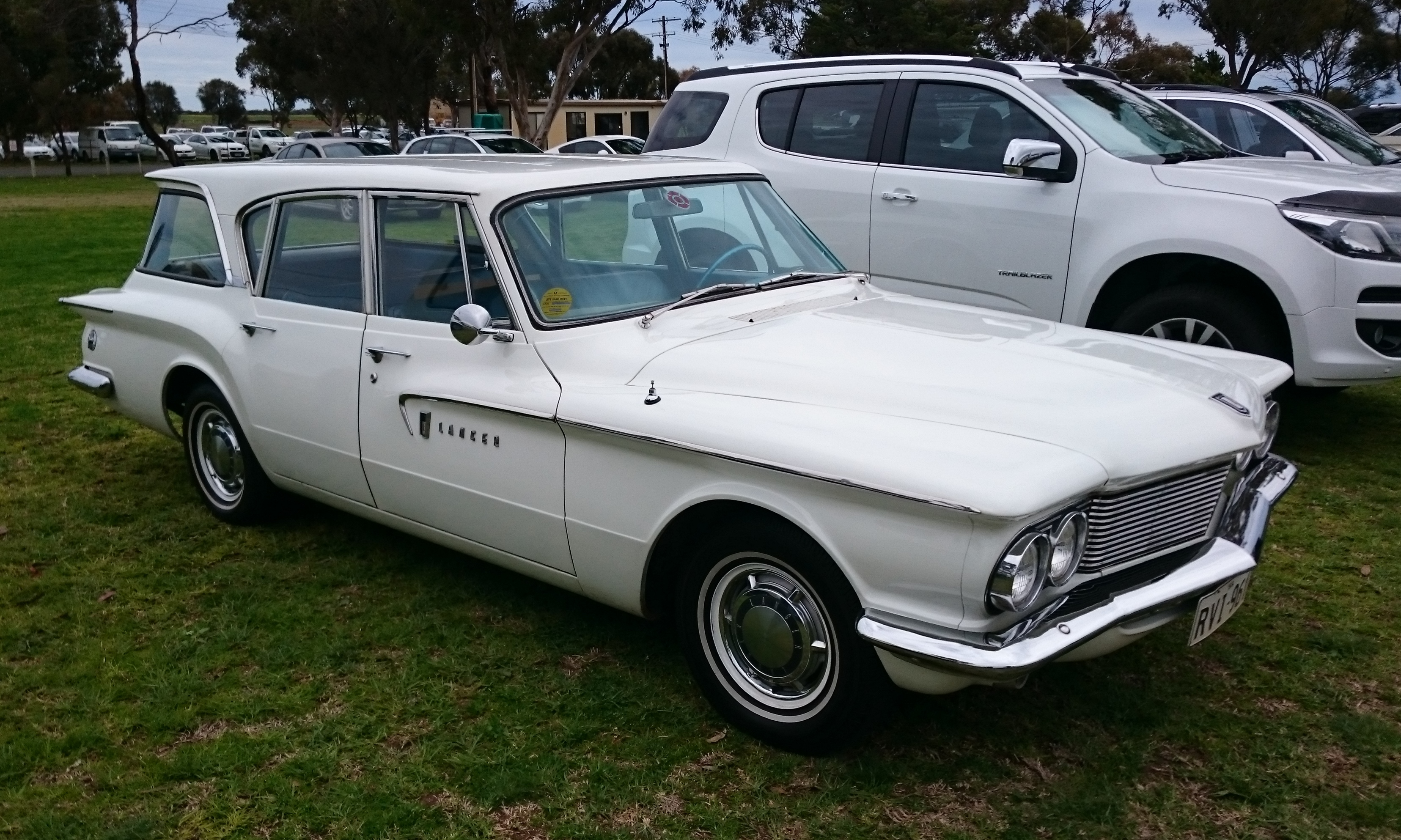 File 1961 Dodge Lancer 770 Station Wagon 2 Jpg Wikimedia Commons