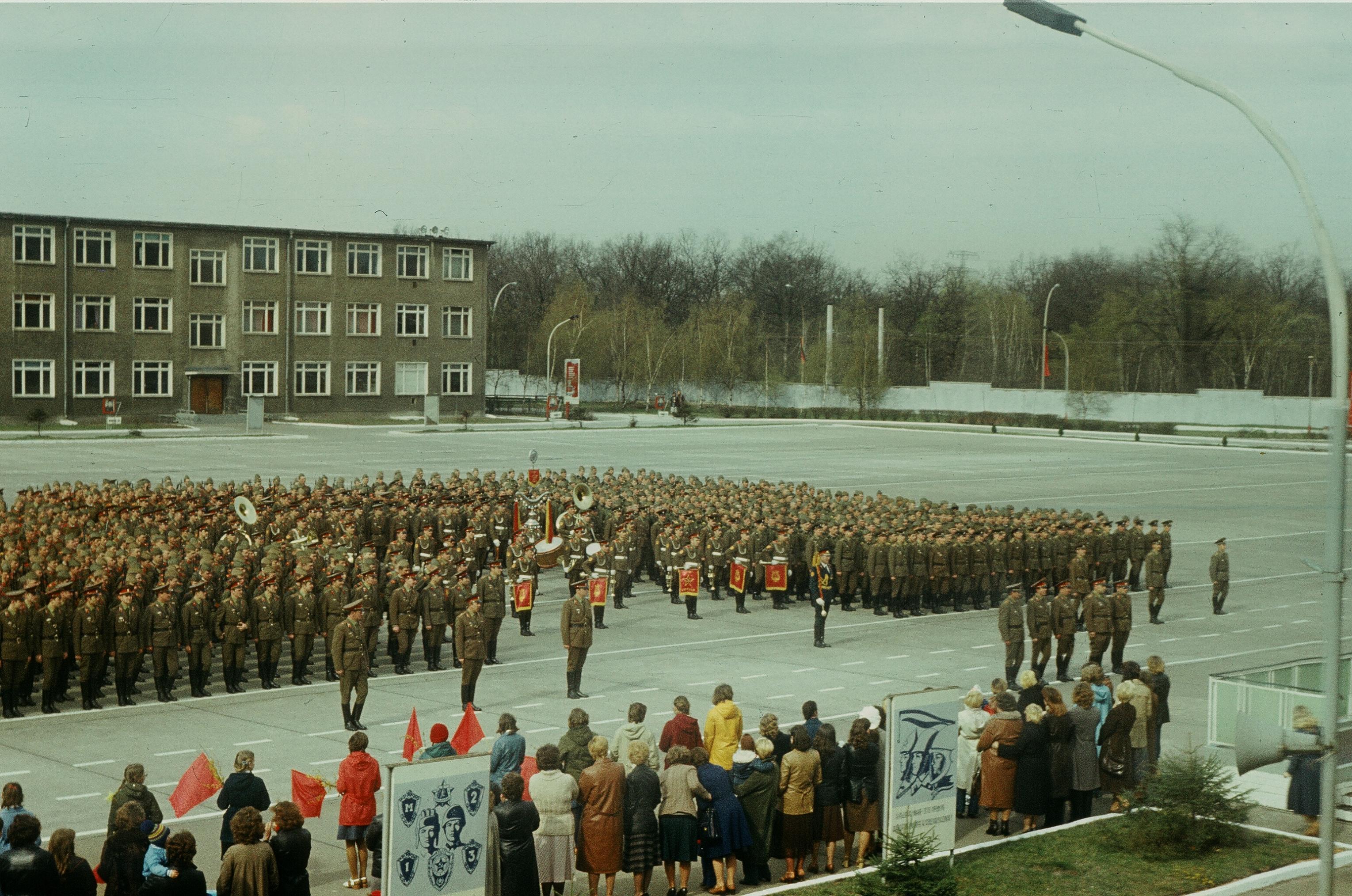 Файл:6-я гвардейская отдельная мотострелковая бригада ГСВГ.JPG
