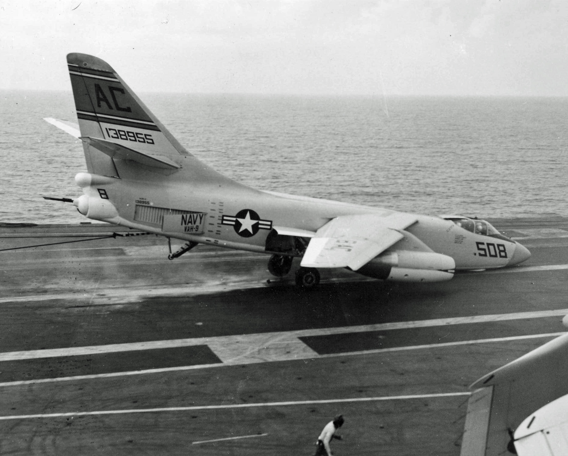 A3D-2_nose_wheel_collapse_USS_Saratoga.j