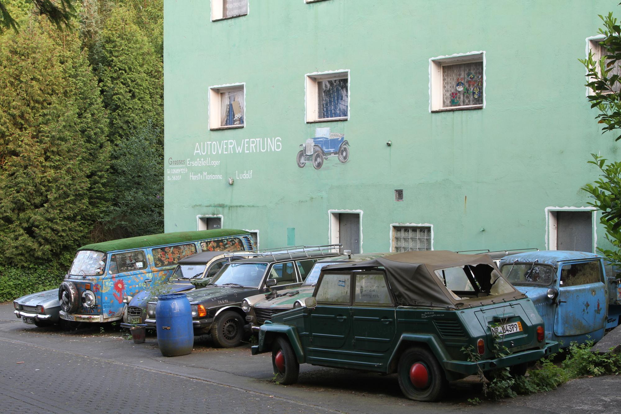 File:Autoverwertung Ludolf in Dernbach.JPG - Wikimedia Commons