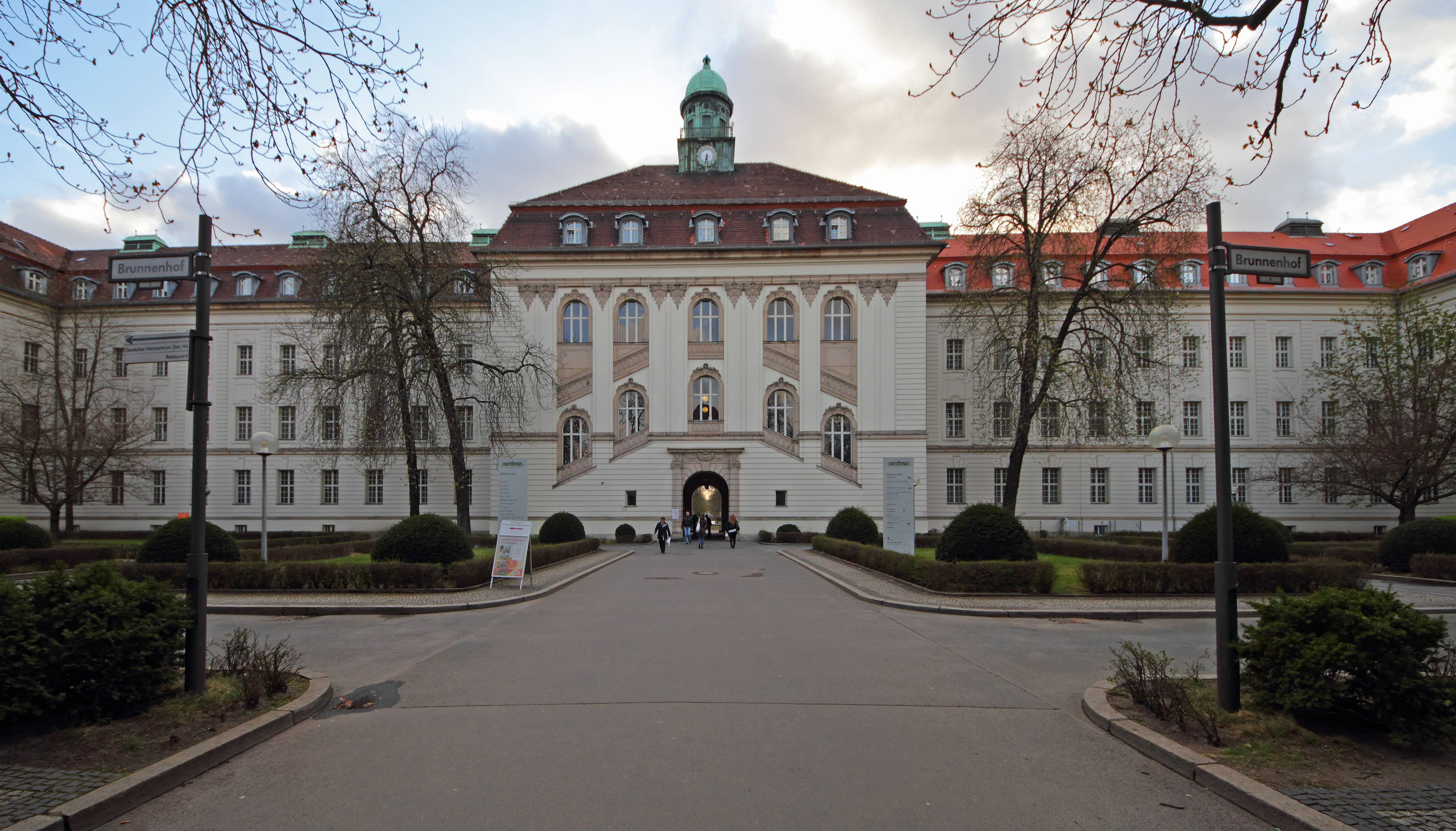 Datei Berlin Wedding Virchow Klinikum 06