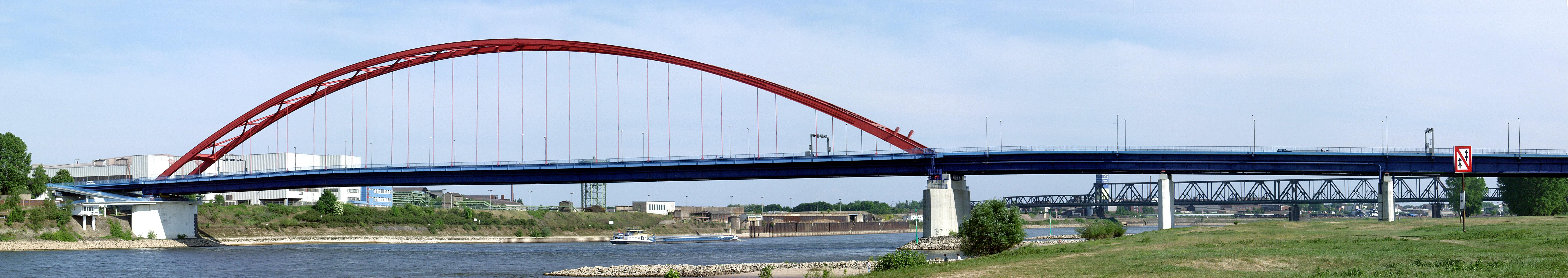 Панорама моста Солидарности