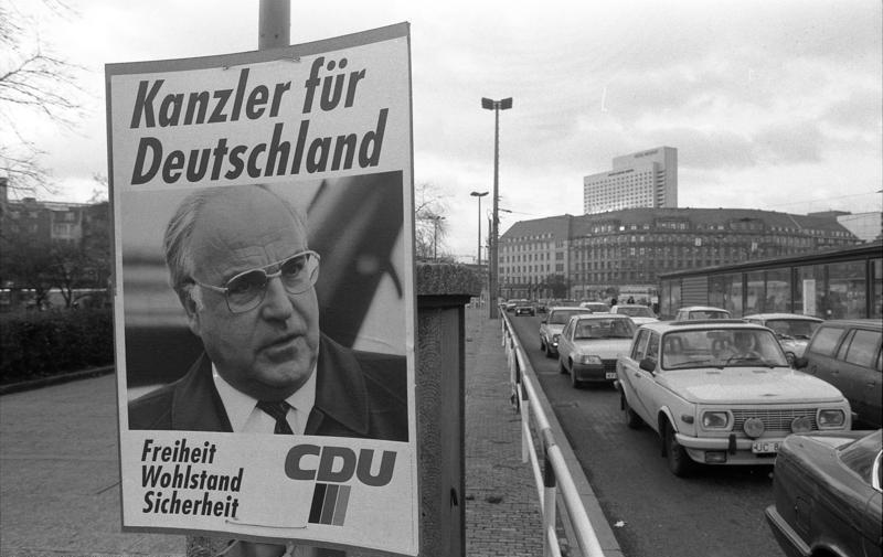 Bundesarchiv B 145 Bild-F086568-0028, Leipzig, Bundestagswahl, Wahlwerbung.jpg