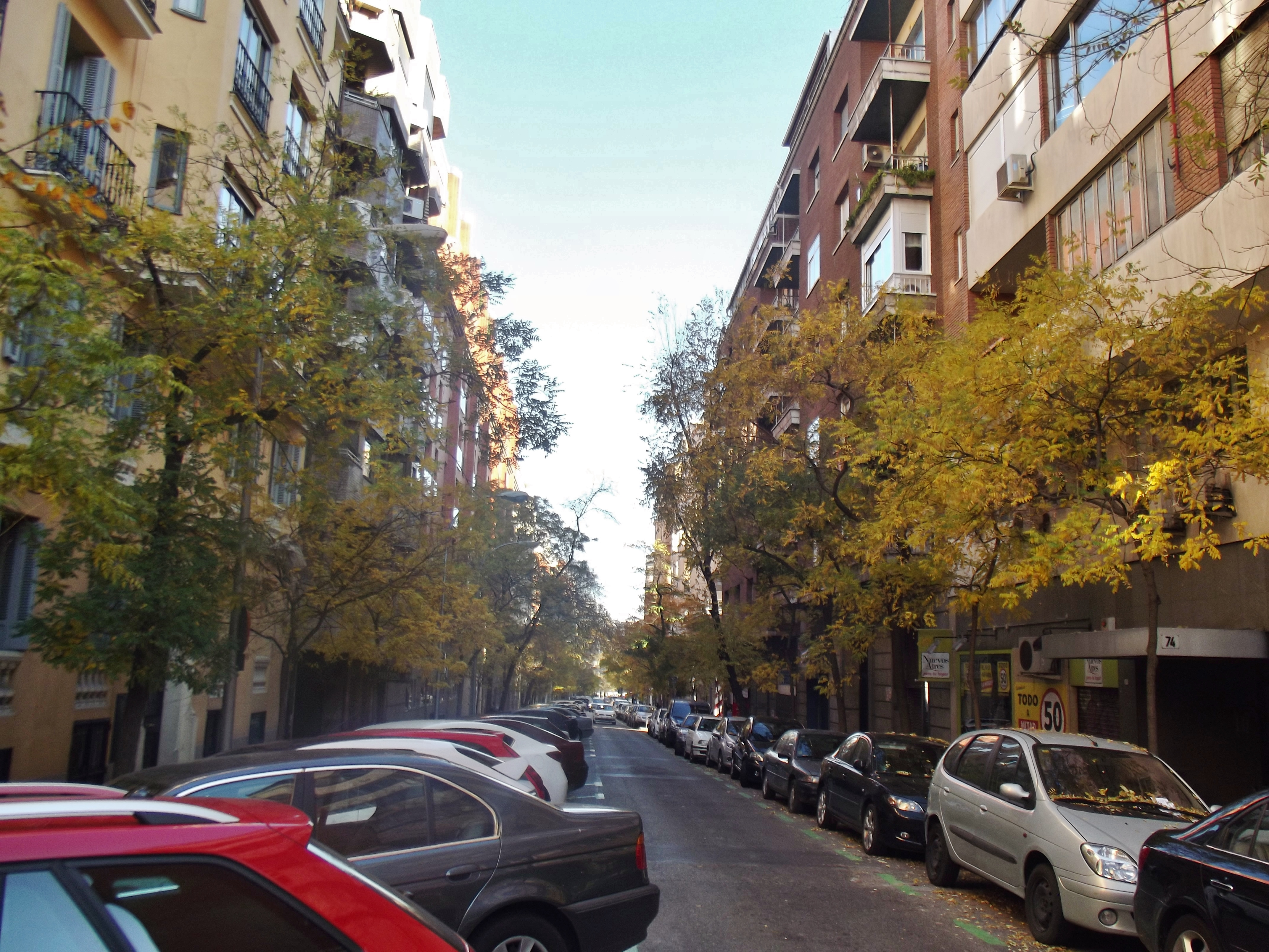 Archivo Calle De Garcia De Paredes Jpg Wikipedia La Enciclopedia