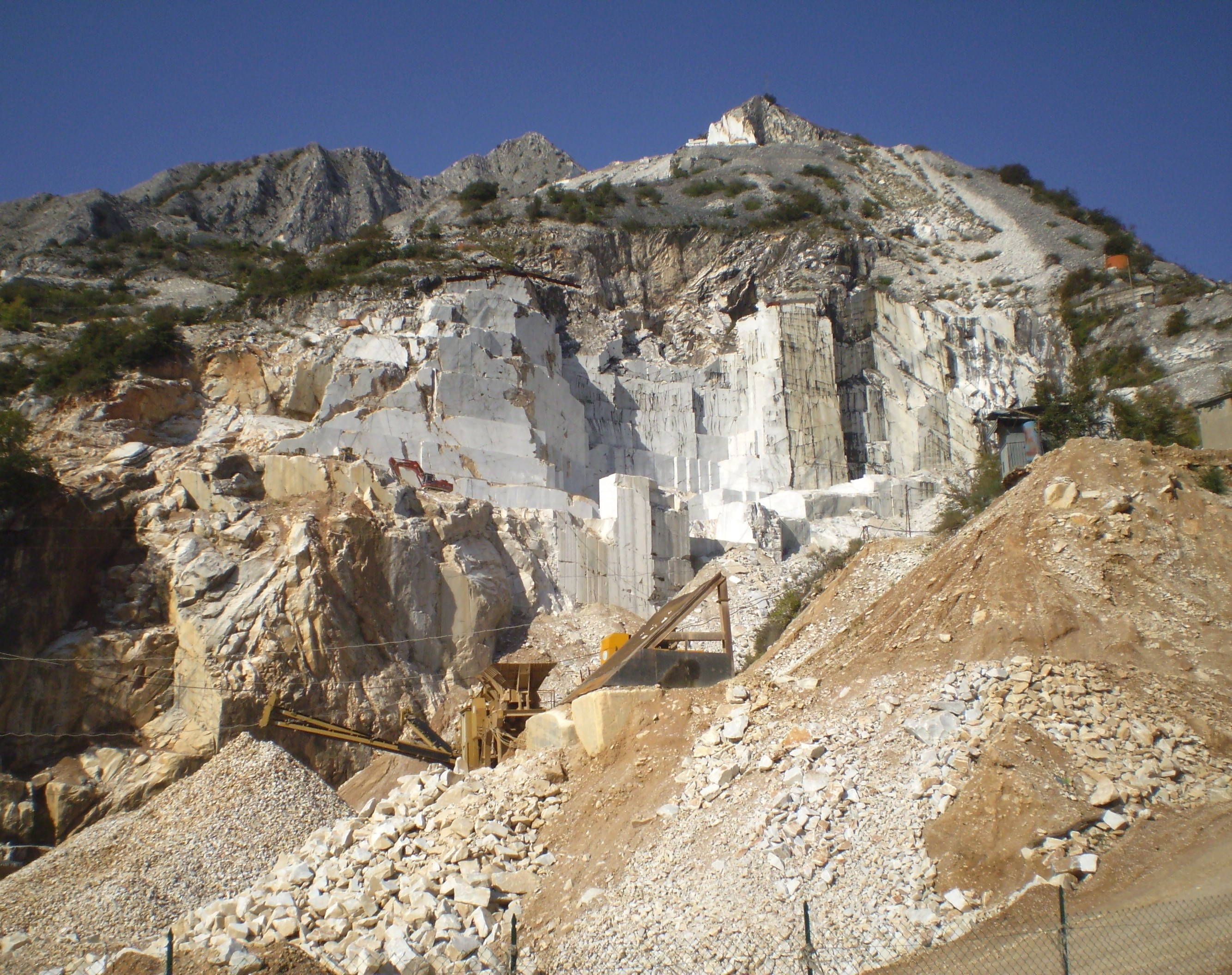Datei carrara 15 jpg wikipedia for Marmol de carrara rosa