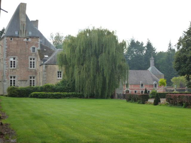 Chateau_de_Sart-Eustache.jpg