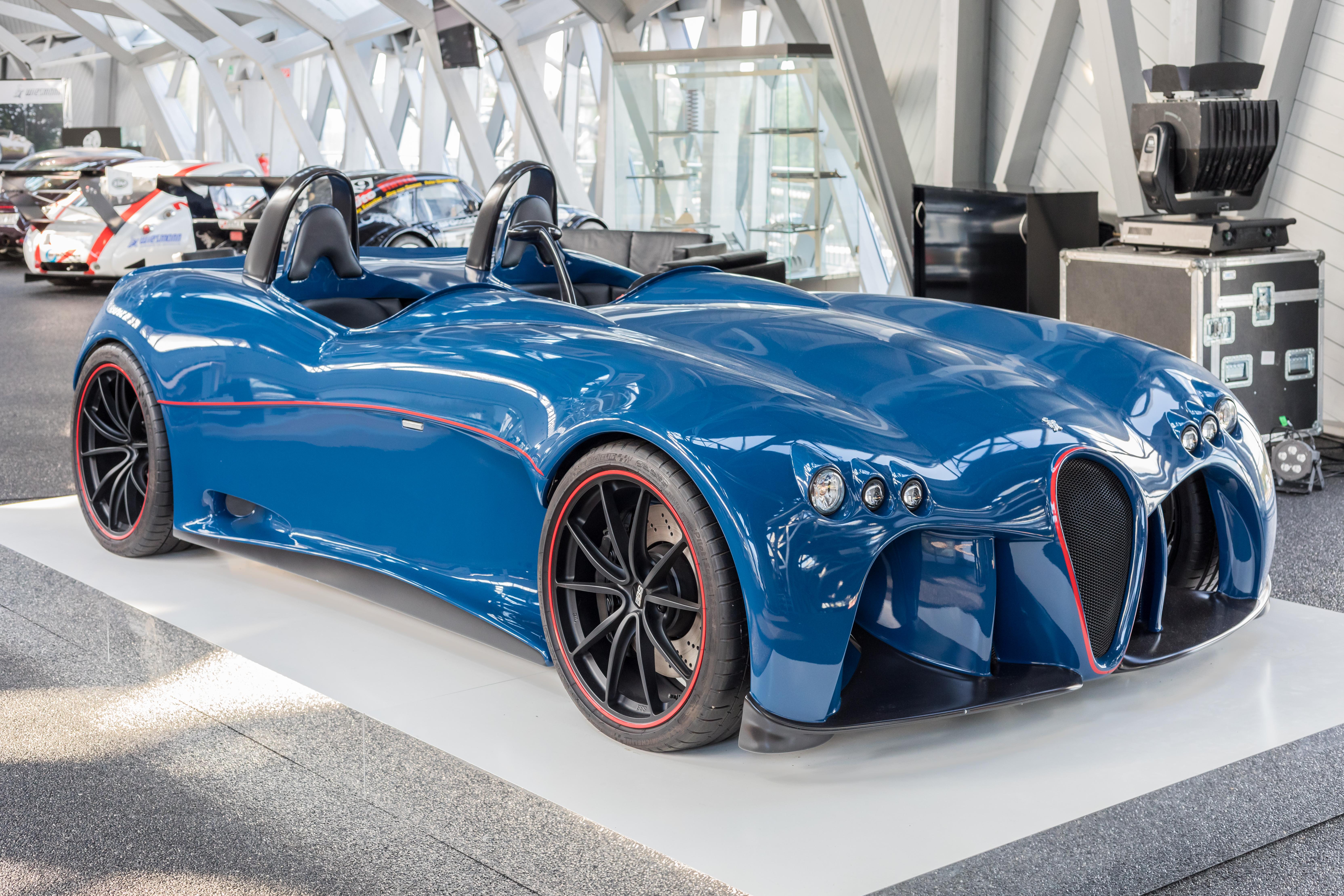Concept at Wiesmann Sports Cars, Dülmen, North Rhine-Westphalia, Germany (2018) German Wiesmann Spyder Concept bei Wiesmann Sports Cars, Dülmen, Nordrhein-Westfalen