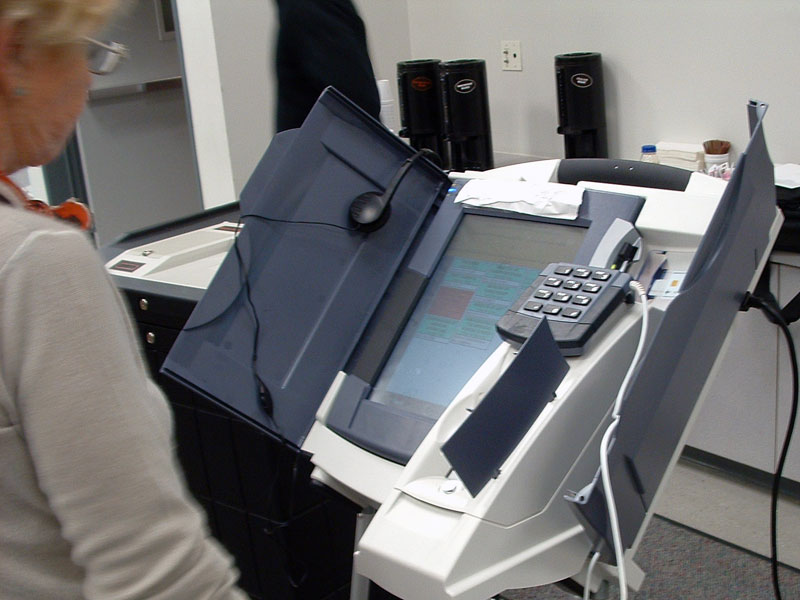 Reports Of Voting Machine Problems, Vote Flipping Begin to Pour In Desi accuvote tsx vvpat