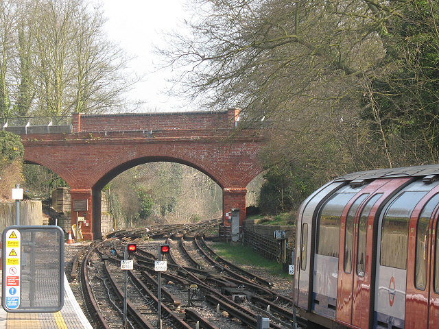Disused tracks beyond Epping - geograph.org.uk - 1213070