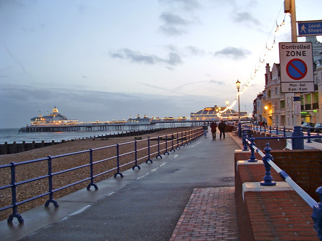 Eastbourne Promenade to the east of the Pier - geograph.org.uk - 334576