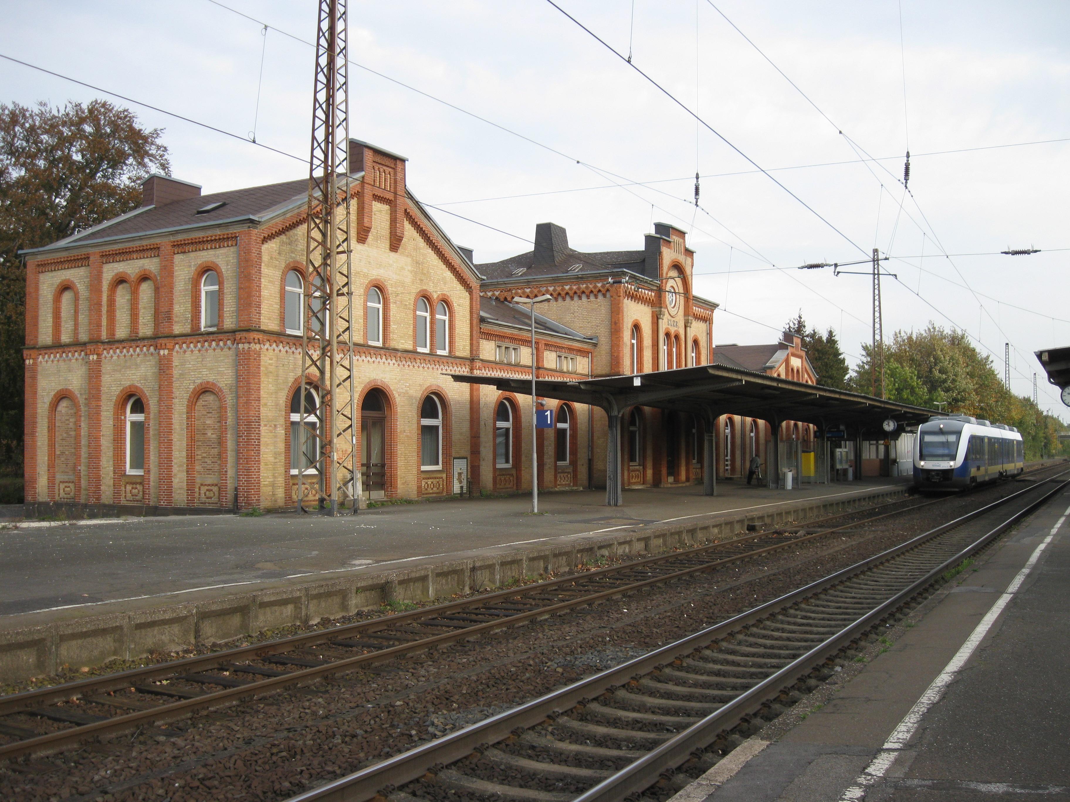 Willkommen in Langenweihla ! Elze_Bahnhof