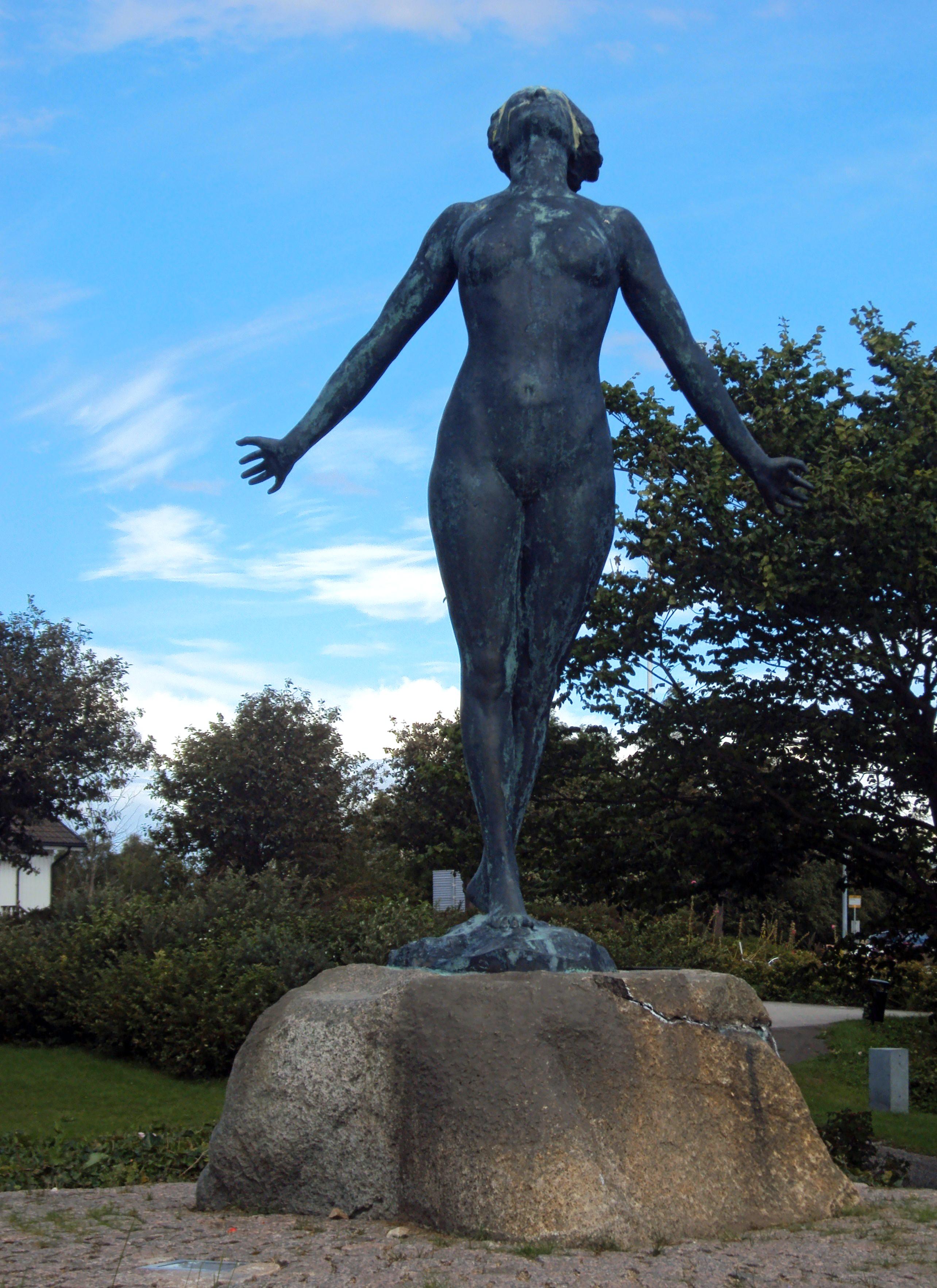 Estatua Famntaget en Smygehuk, Suecia