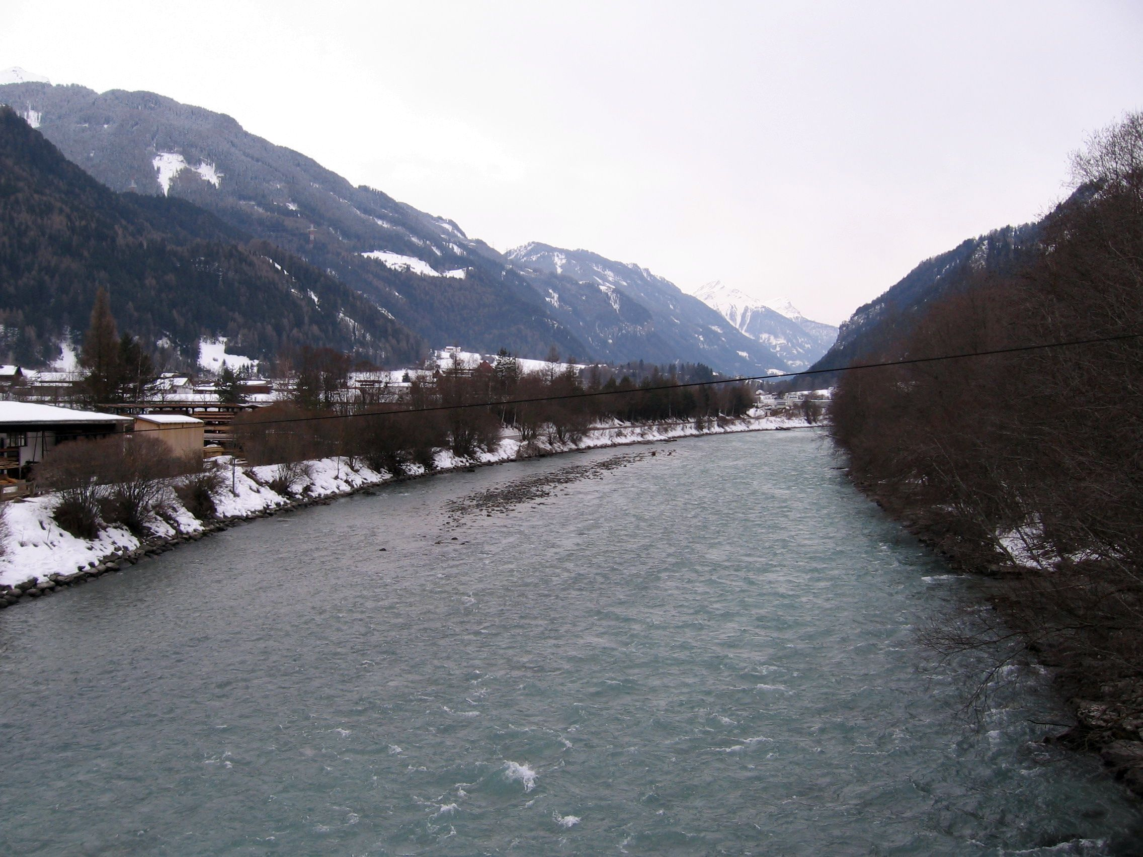 File:Fluss-inn-bei-ried.jpg - Wikimedia Commons