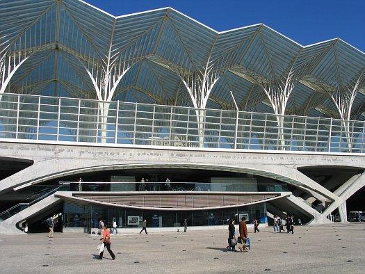 File:Gare Oriente Lisboa.JPG