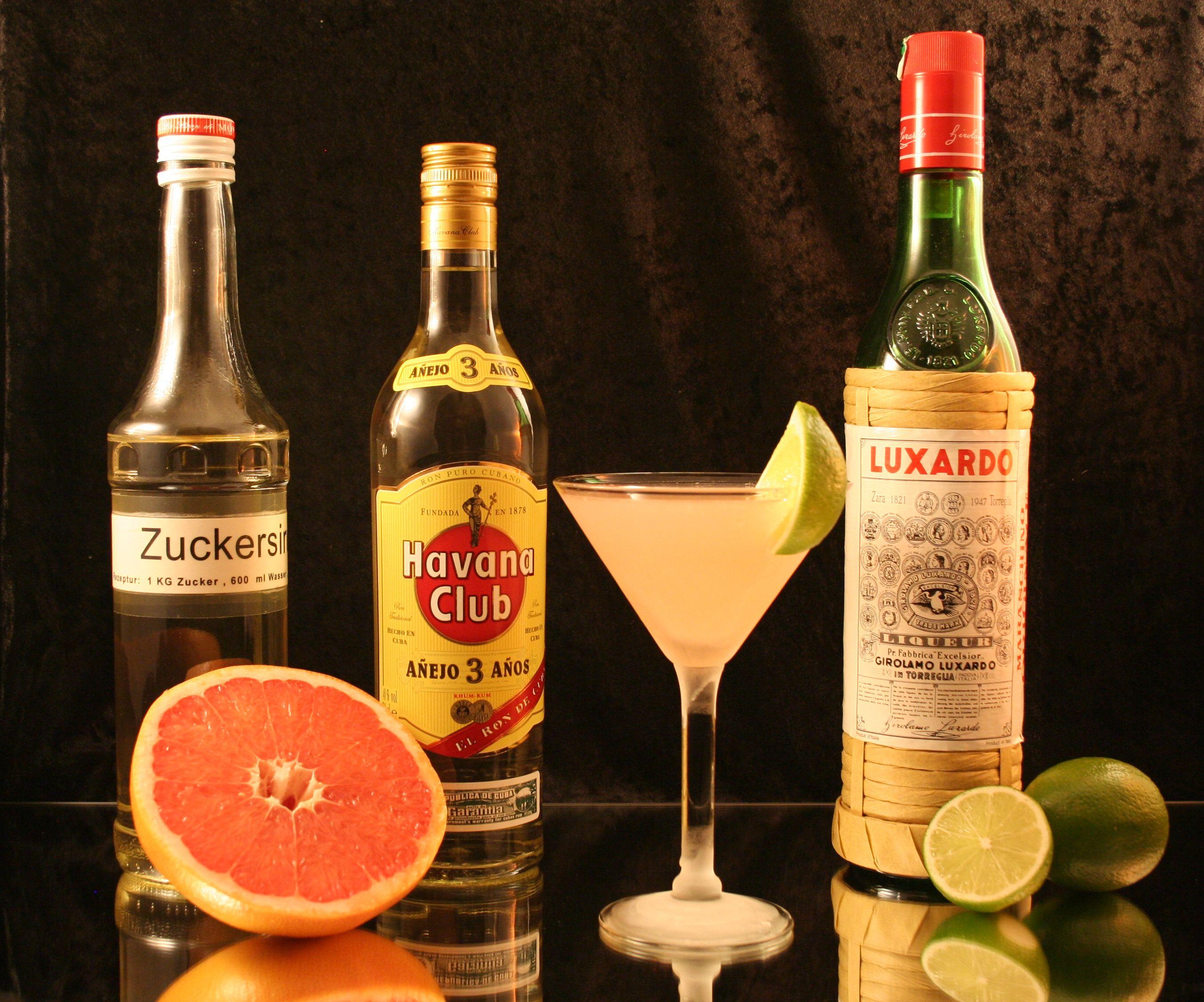 Hemingway daiquiri recipes dishmaps for Cocktail hemingway