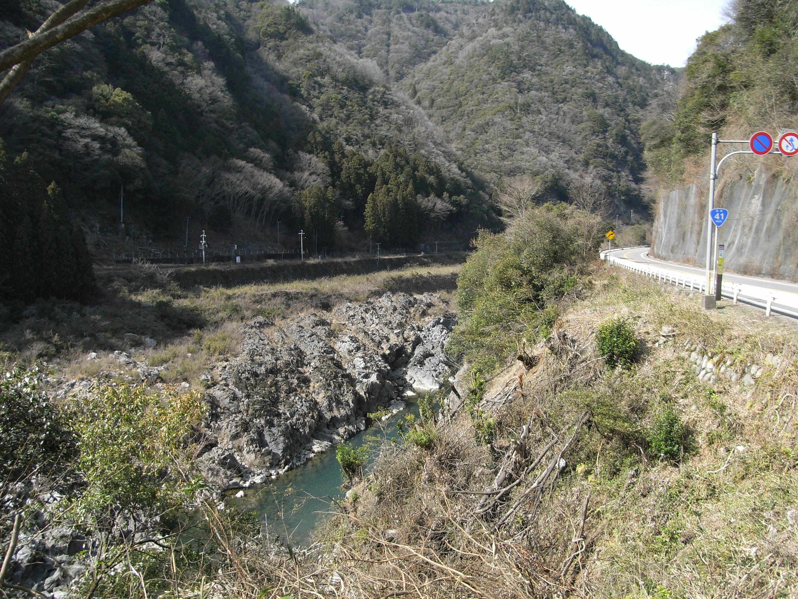 川 事故 転落 飛騨 バス
