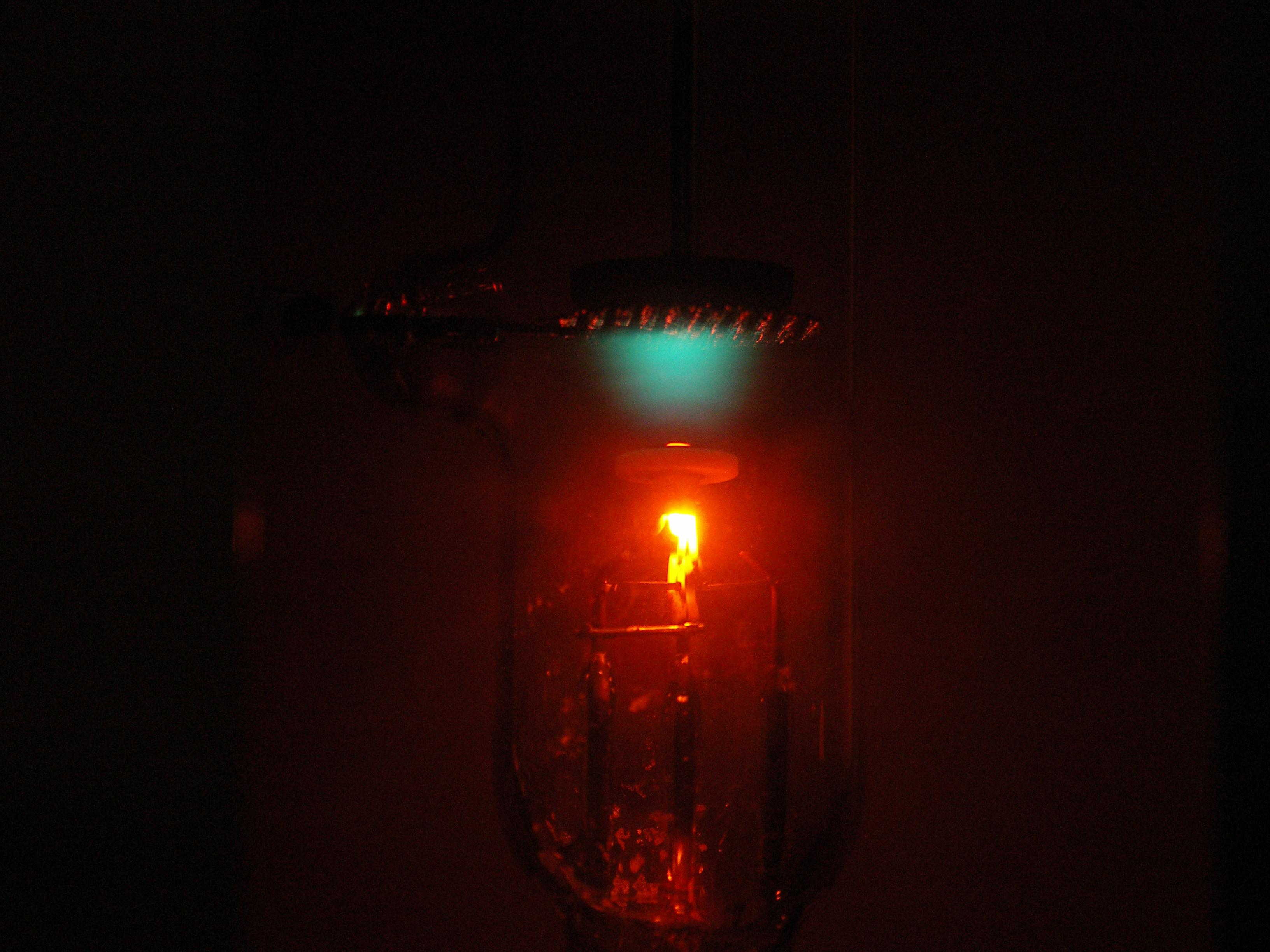 file itdozent franck hertz versuch 5x leuchten. Black Bedroom Furniture Sets. Home Design Ideas