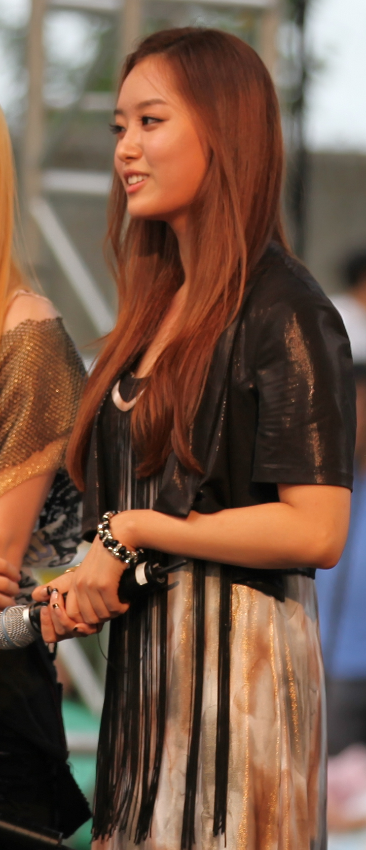 Jieun (cropped version).jpg