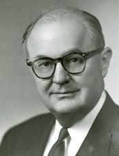 https://upload.wikimedia.org/wikipedia/commons/2/22/John_William_Wright_Patman.jpg