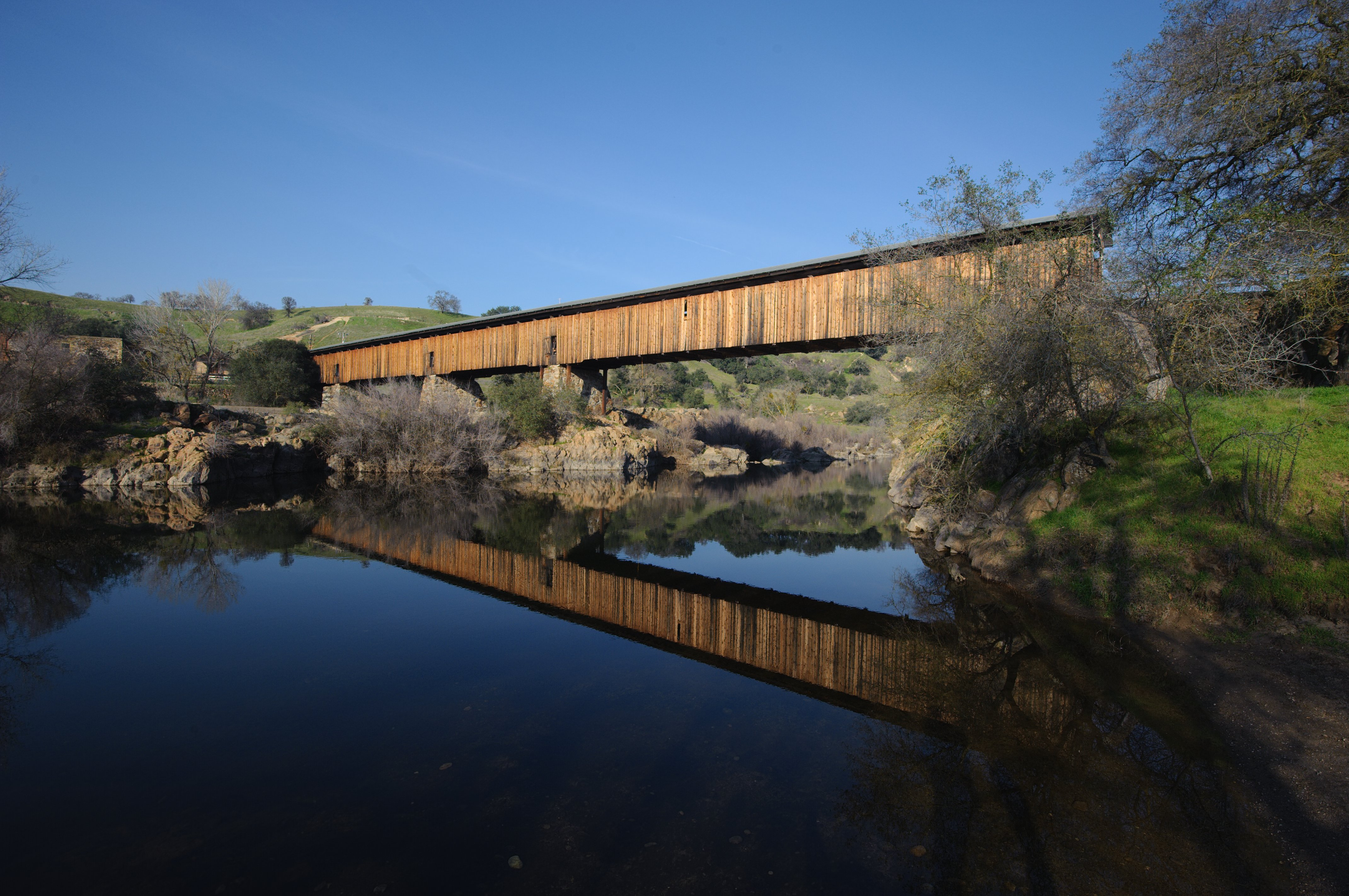 File knight 39 s ferry covered bridge stanislaus river for Knights bridge