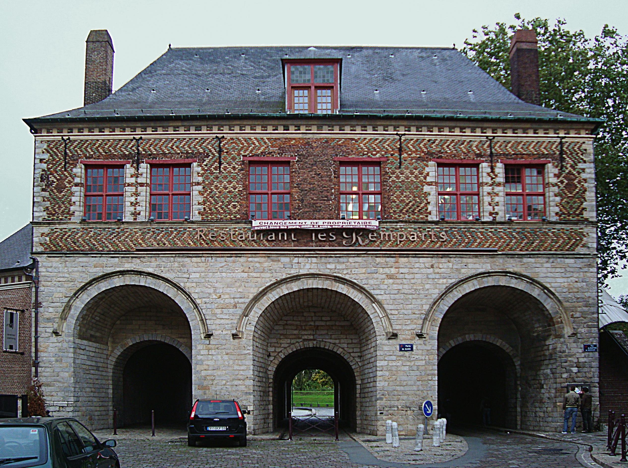 Description Lille Porte de Gand int.JPG