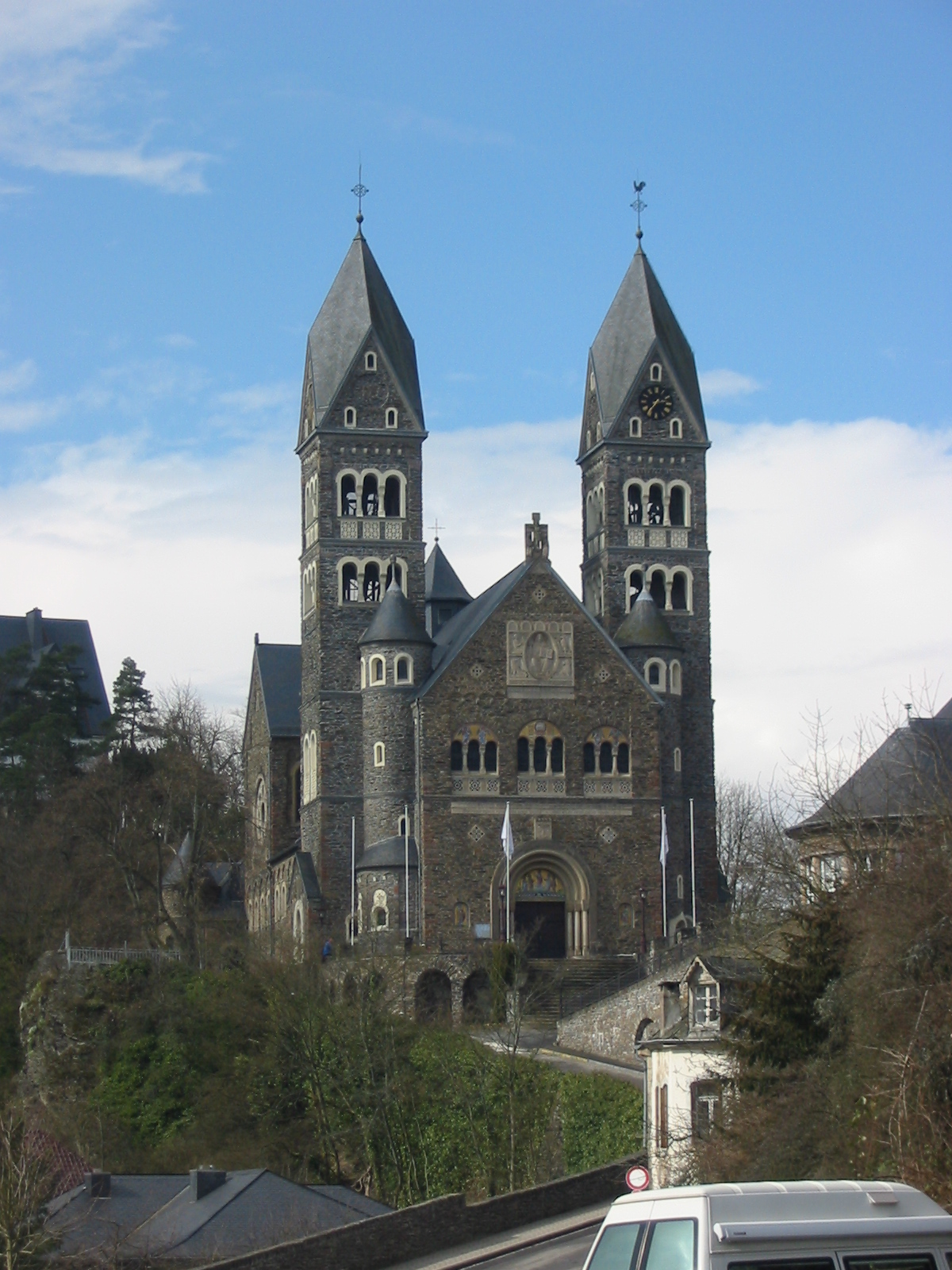 Clervaux Luxembourg  City new picture : Luxembourg, Clervaux, Church Wikimedia Commons