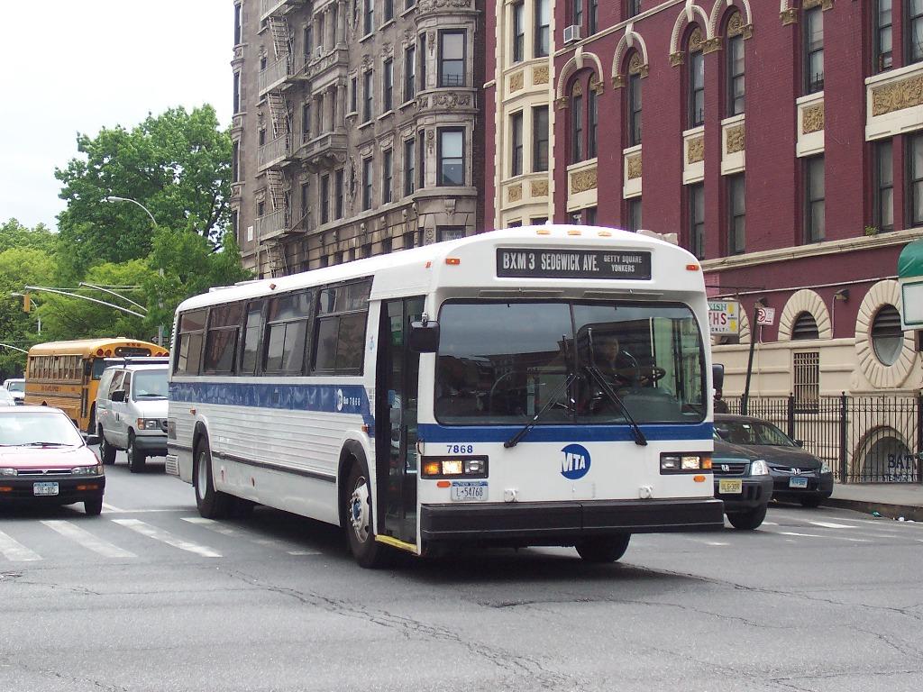 1992 gillig bus going through city in evansvilleindiana - 1 8