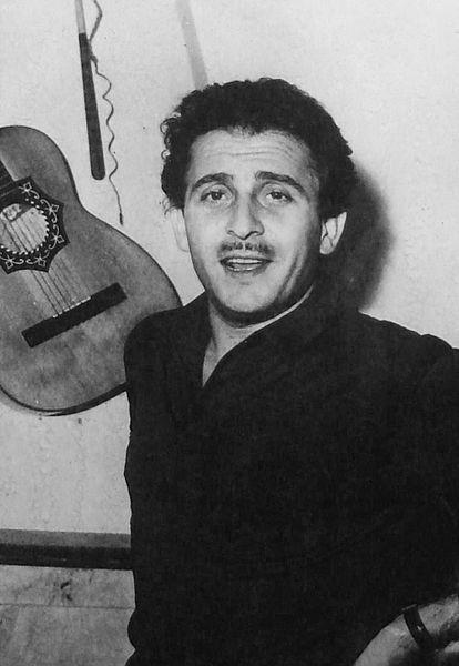 Doménico Modugno en la película <em>Anni facili</em> (Zampa, 1953).