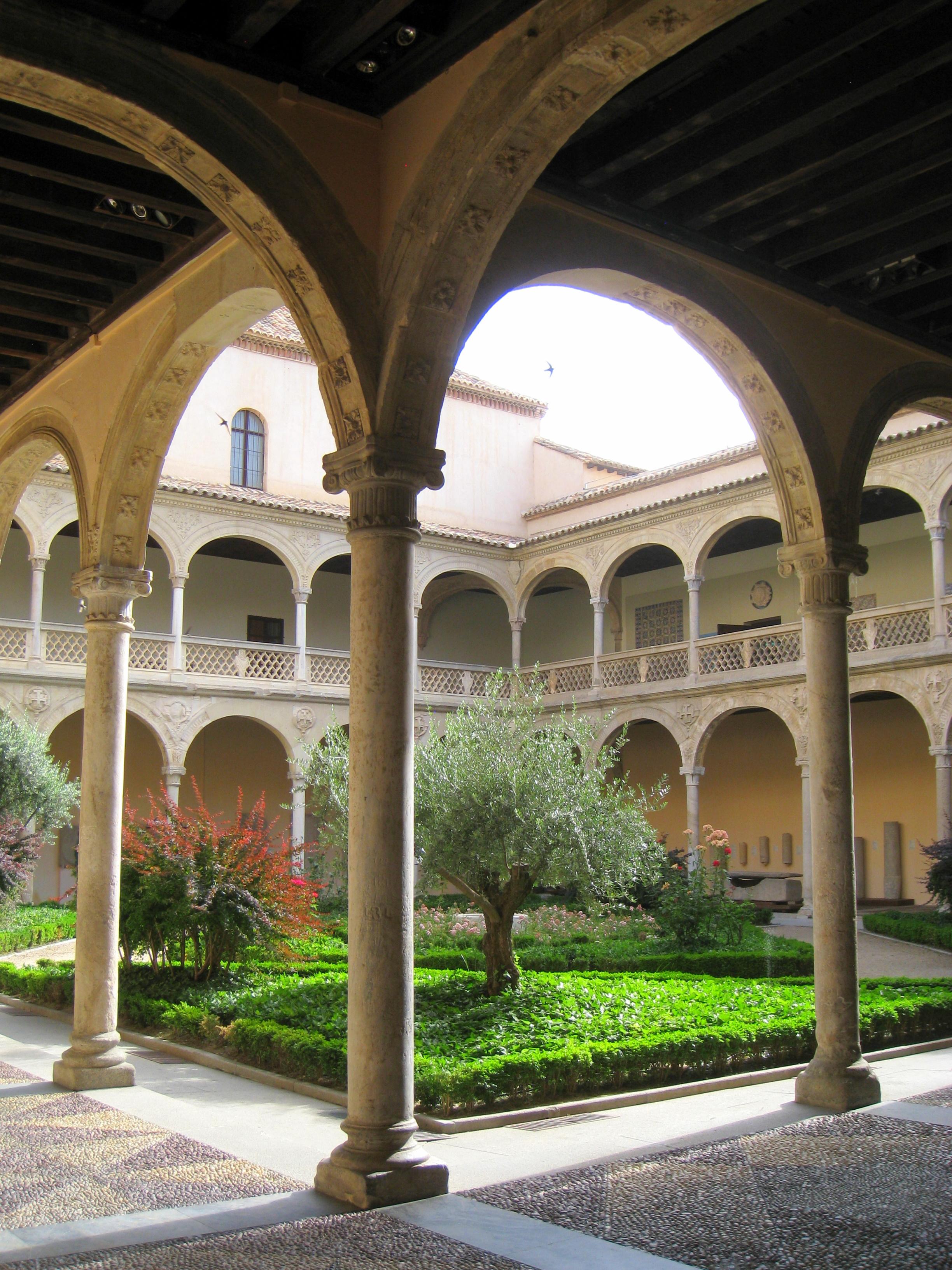 Museo De Santa Cruz.File Museo De Santa Cruz Toledo Couryard 1 Jpg Wikimedia Commons