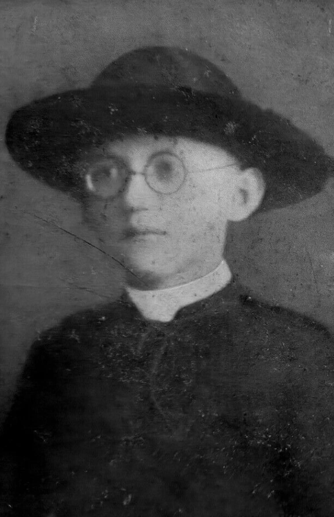 Fichier:Pasquale Canzii (1914-1930).jpg — Wikipédia