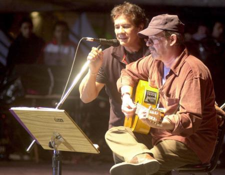 Víctor Heredia con Silvio Rodríguez, 25 de mayo de 2006