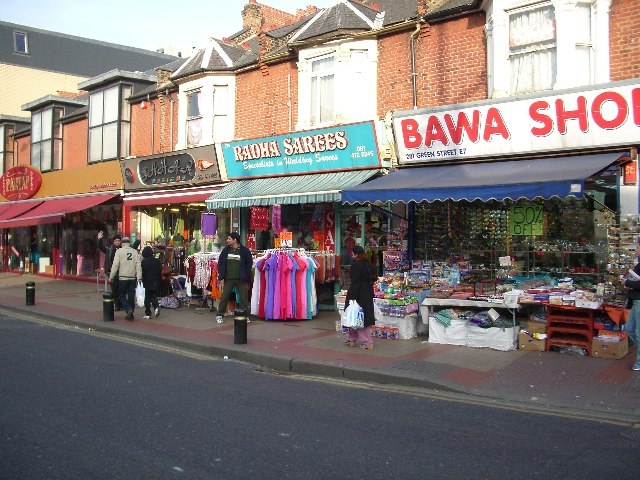 English: Sarees and Spices in East Ham. The sa...