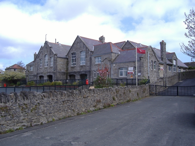 List of schools in the Isle of Man on st marys manor