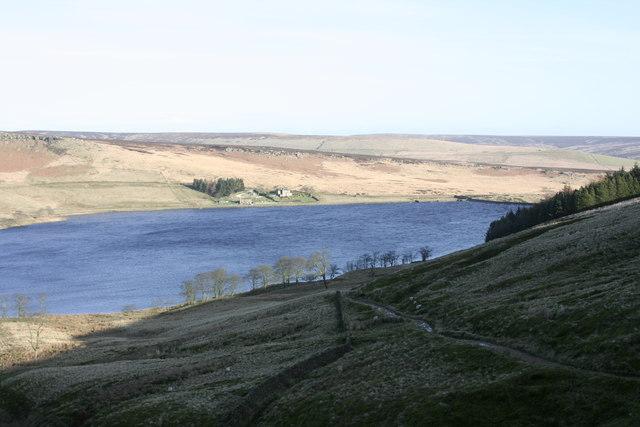 Widdop Reservoir - geograph.org.uk - 657163