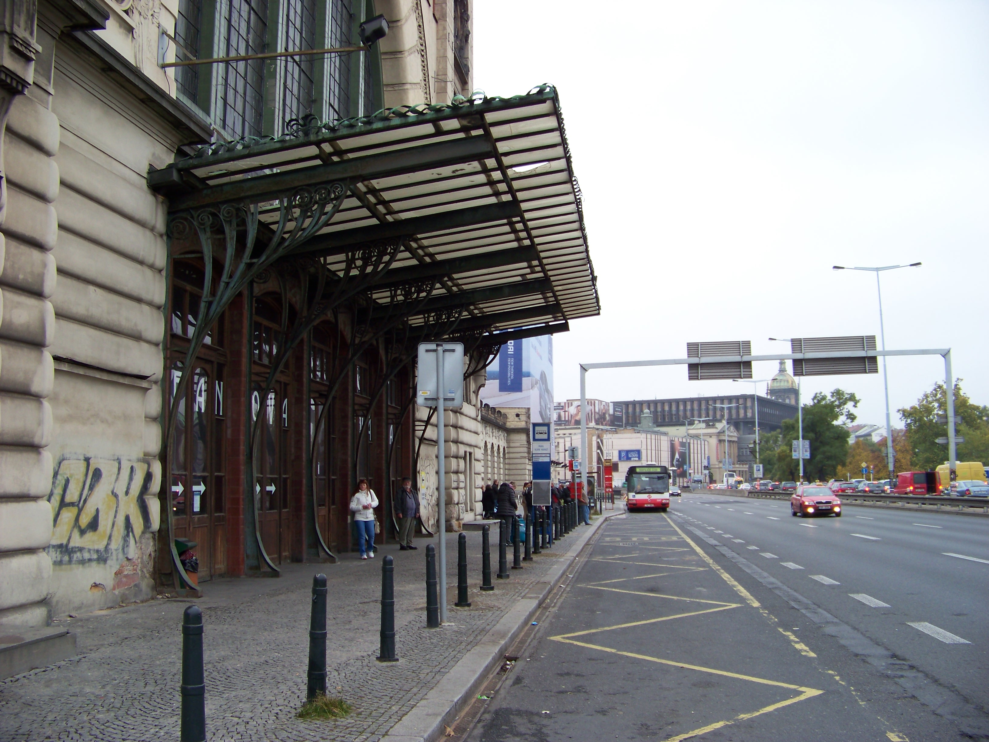 Place to stay near prague bus station prague forum for Where is prague near