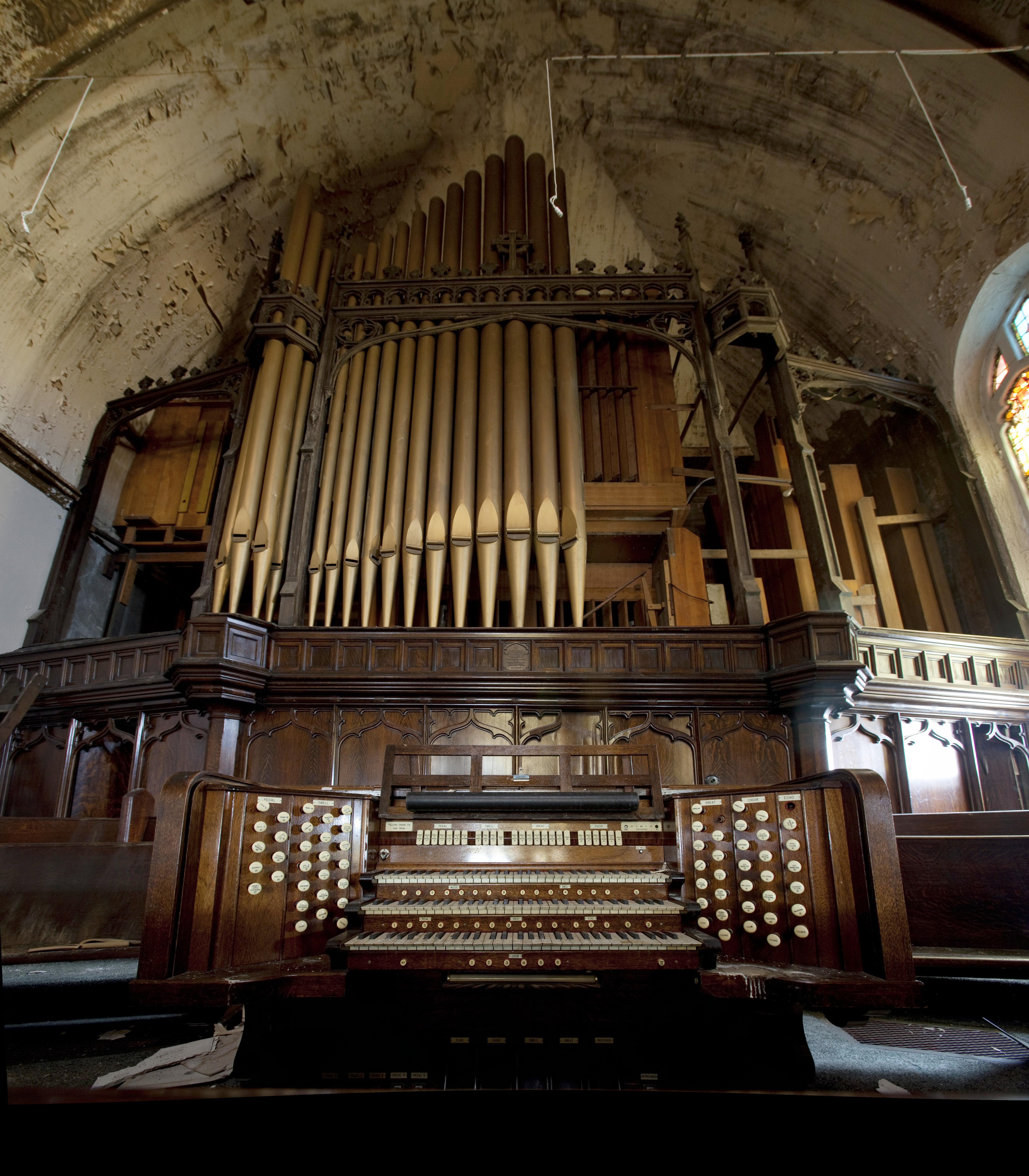 City Liquidators: German Pump Organs: Their History and ...