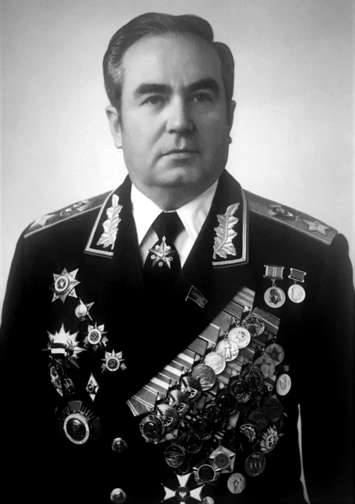 маршалы советского союза фото и автобиографии раз