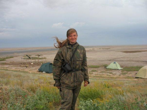 File:Починається степовий буревій. Орнітологічна експедиція, солоне озеро Ельтон.jpg