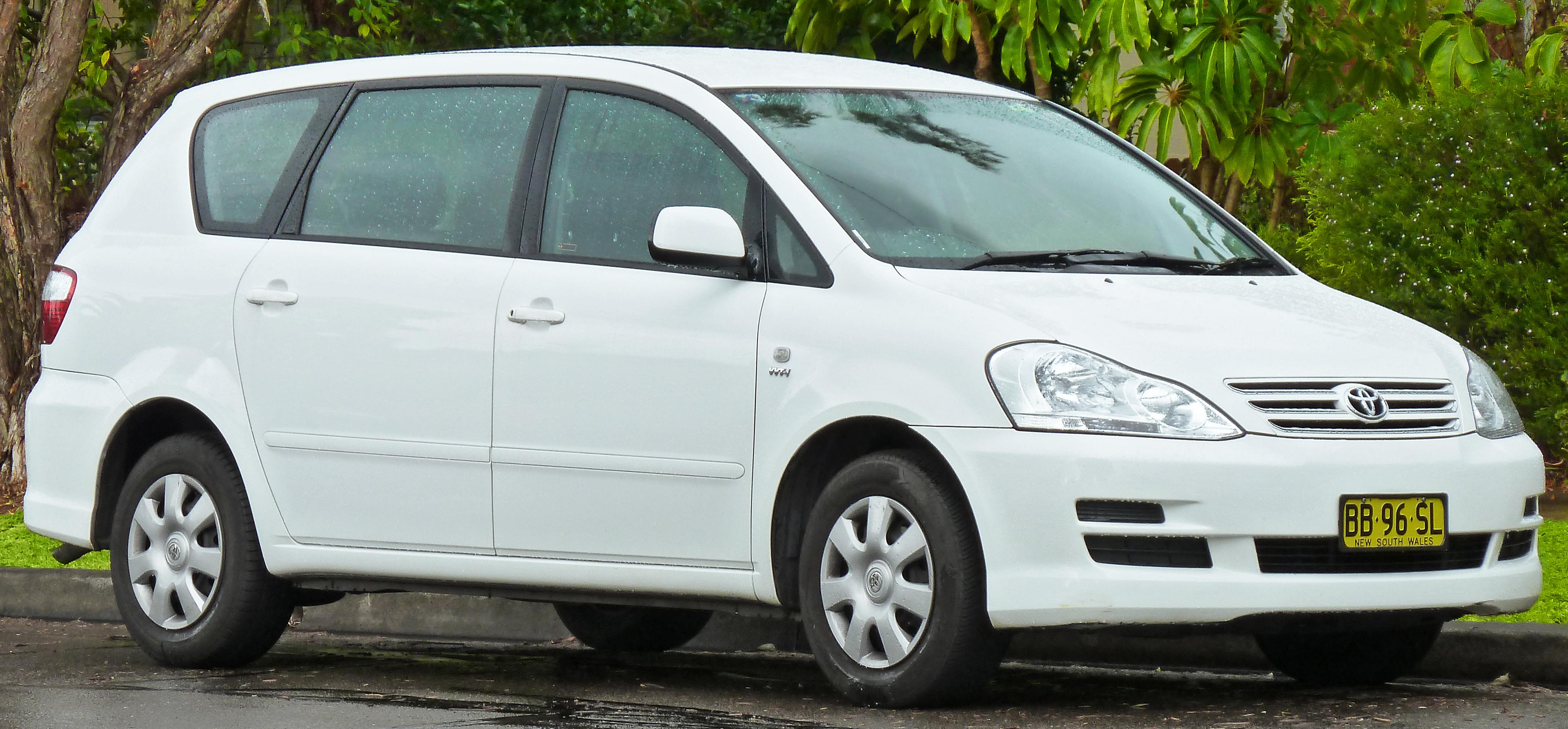 toyota ipsum wikiwand rh wikiwand com 1998 Toyota Ipsum Toyota Ipsum 2010