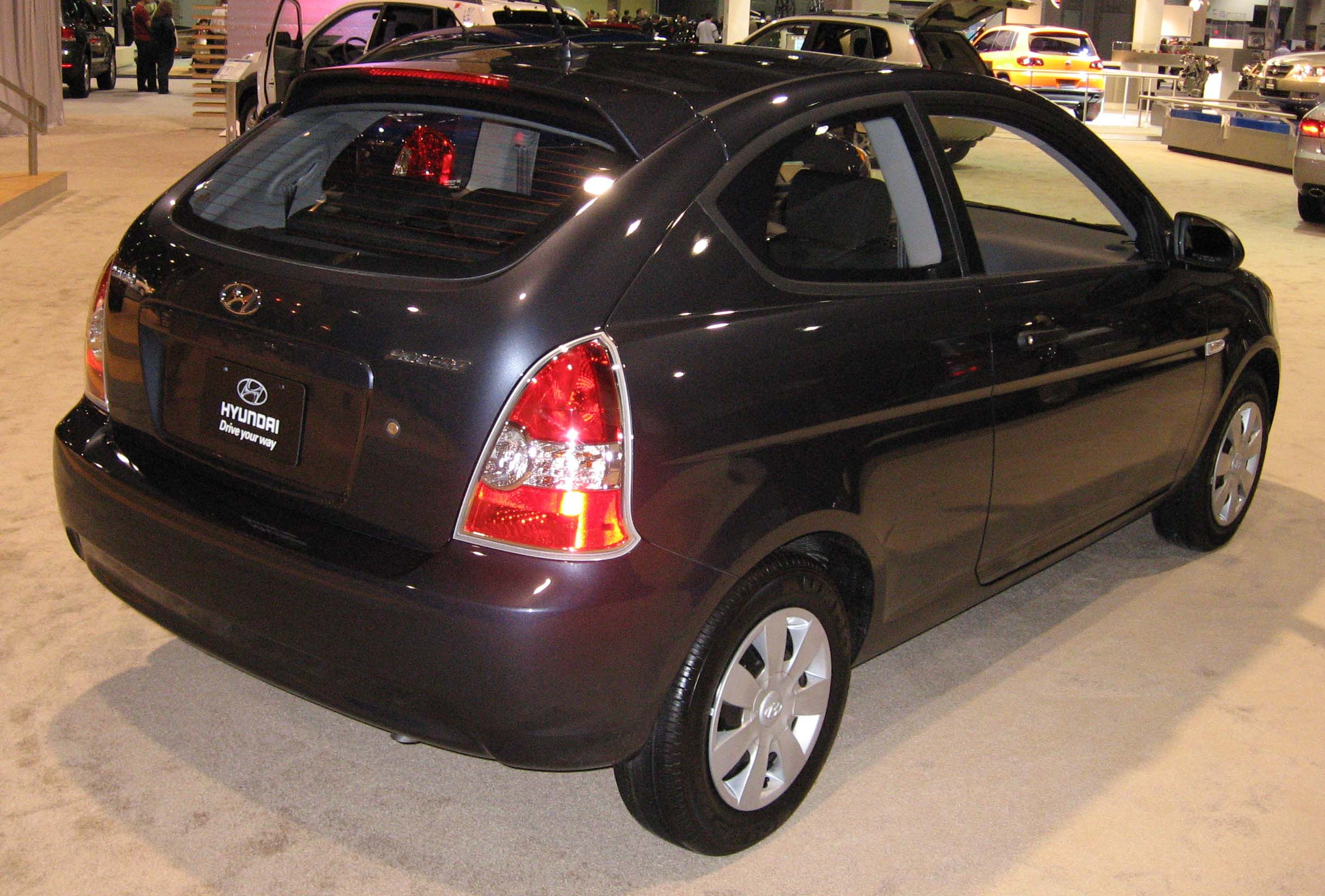 file 2007 hyundai accent hatchback wikimedia commons. Black Bedroom Furniture Sets. Home Design Ideas