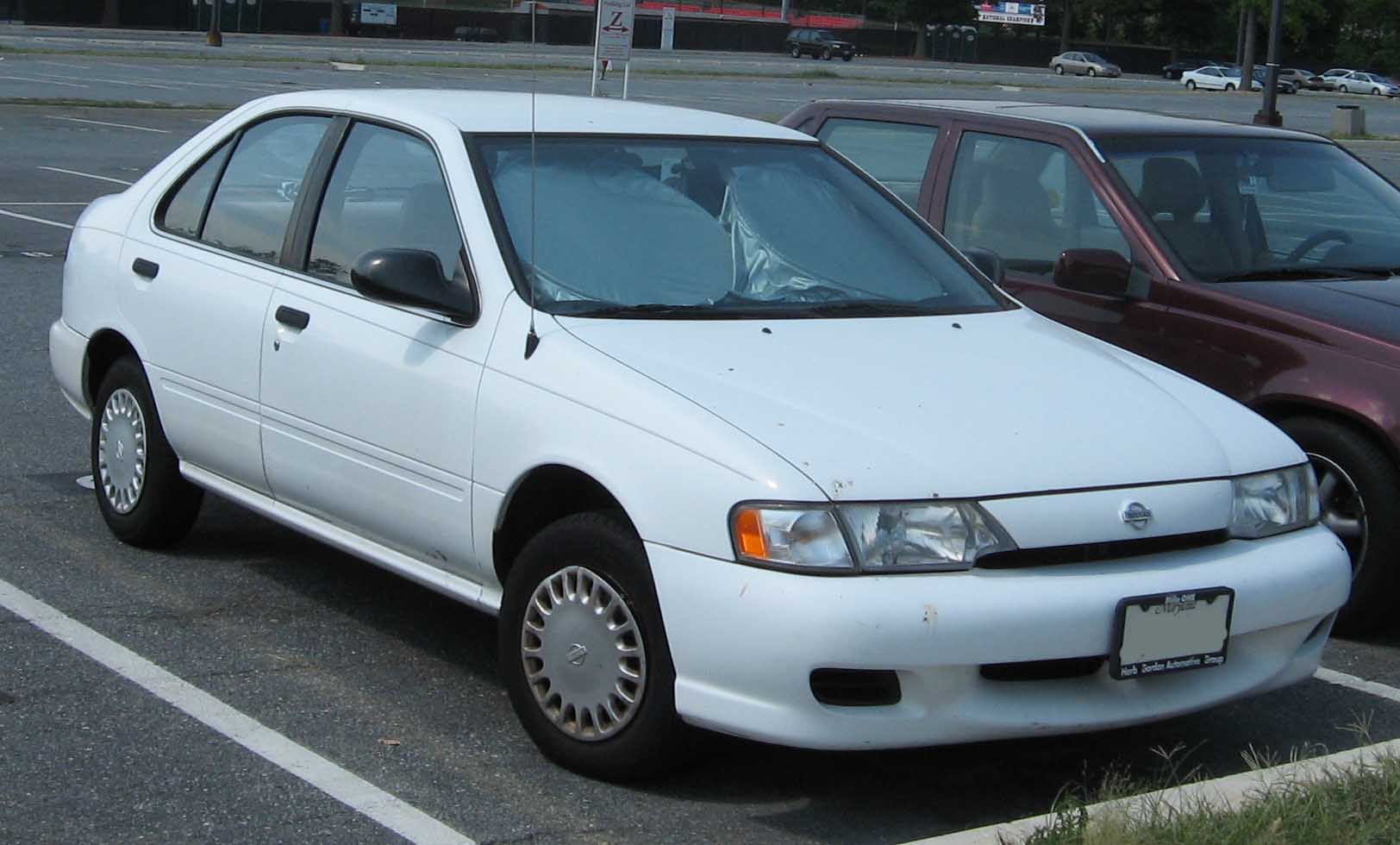 Description 99-Nissan-Sentra.jpg