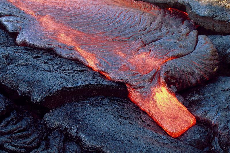 A204, Hawaii Volcanoes National Park, USA, new lava flow, 2007.JPG