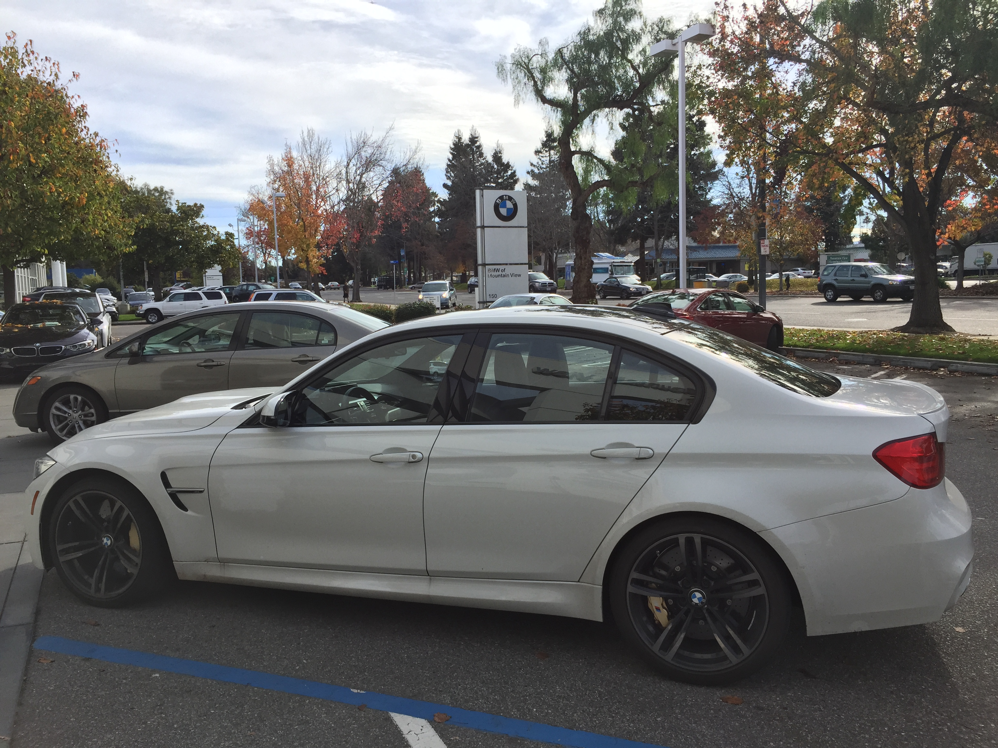 BMW Mountain View >> File Autonation Bmw Of Mountain View 2015 C 15820479787