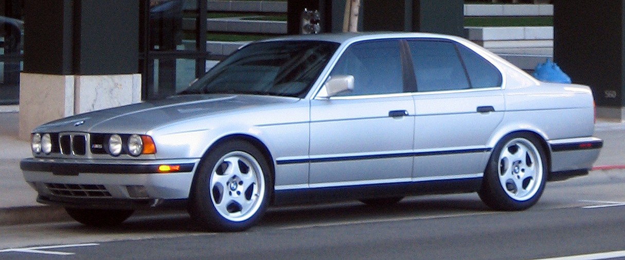 File:BMW M5 E34 front.jpg - Wikimedia Commons