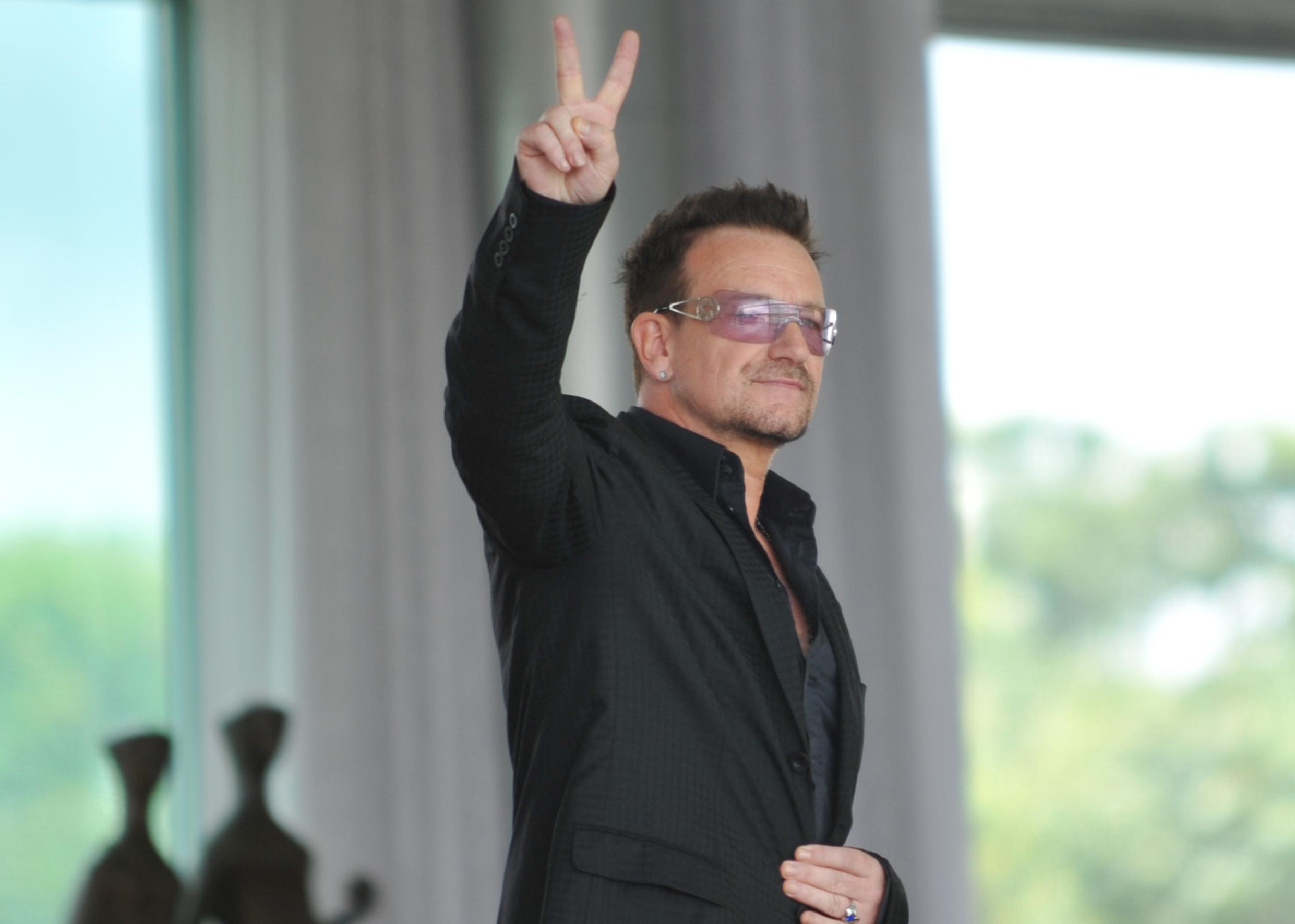 U2 dating site